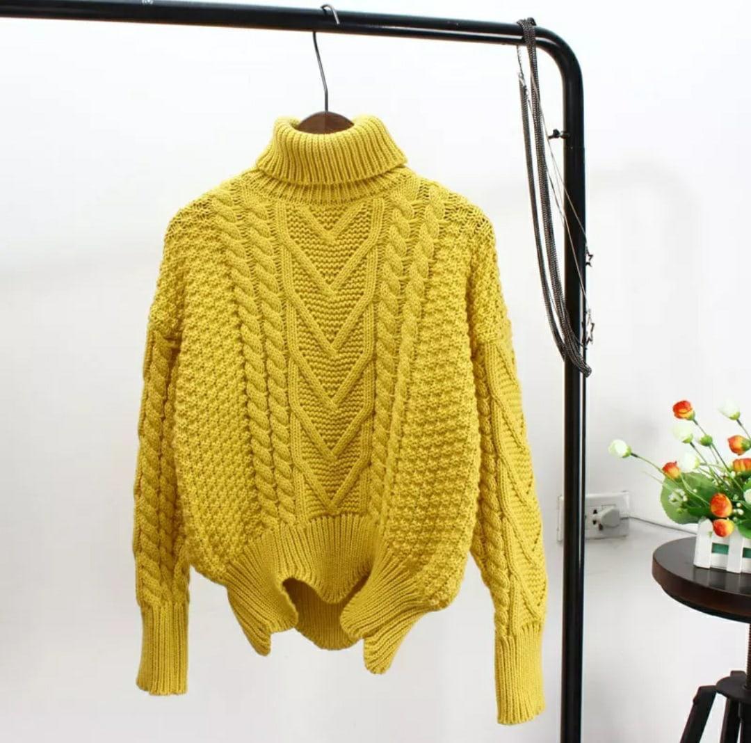 Женский свитер вязаный с асимметрией и высоким воротником (р. 42-46) 79sv1068