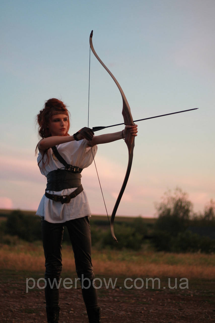 Akusta PARAGON Традиційний лук для стрільби