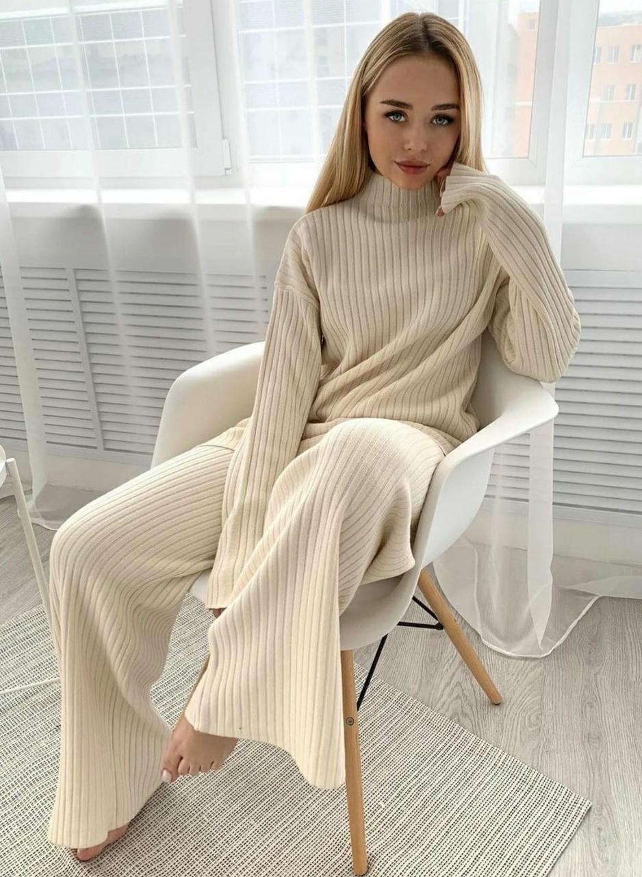 Вязаный костюм женский брючный из вязки рубчик, брюки клеш и свободная кофта (р. 42-46) 79kos16103