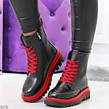 Эффектные яркие черные женские ботинки на красной шнуровке, фото 8