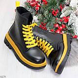 Эффектные яркие черные женские ботинки на желтой шнуровке, фото 9
