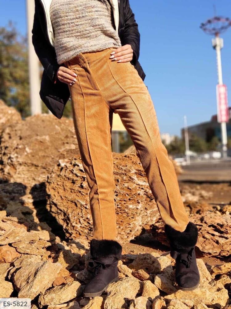 Женские бежевые штаны вельвет