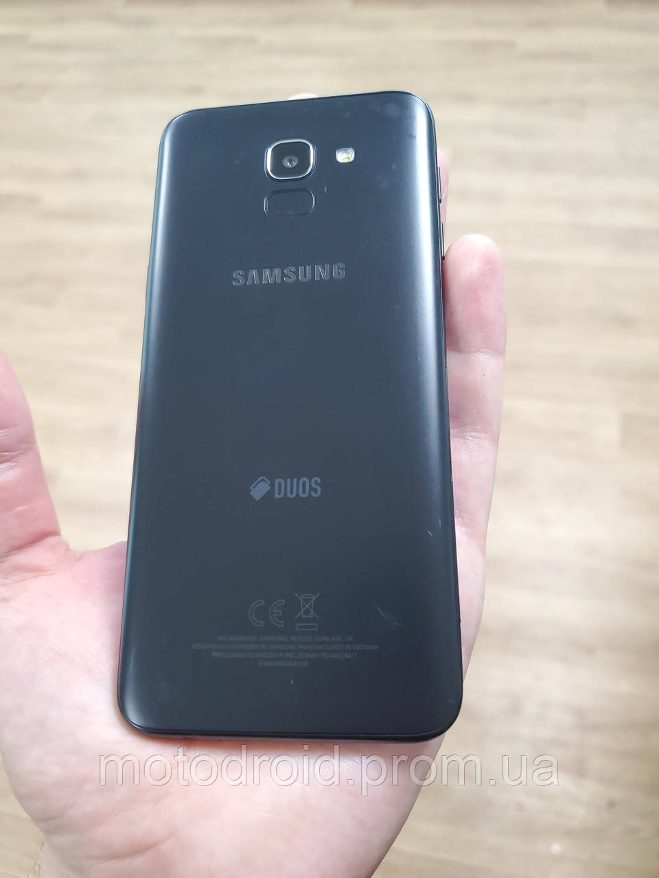 Смартфон Samsung Galaxy J6 J600 32GB