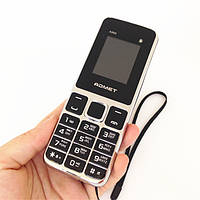 Мобильный телефон бабушкофон ADMET a999 3 Sim на сим-карты с большими кнопками и цифрами + фонарик