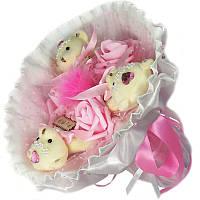 Букет из мягких игрушек Мишки белые 3 в розовом с розами