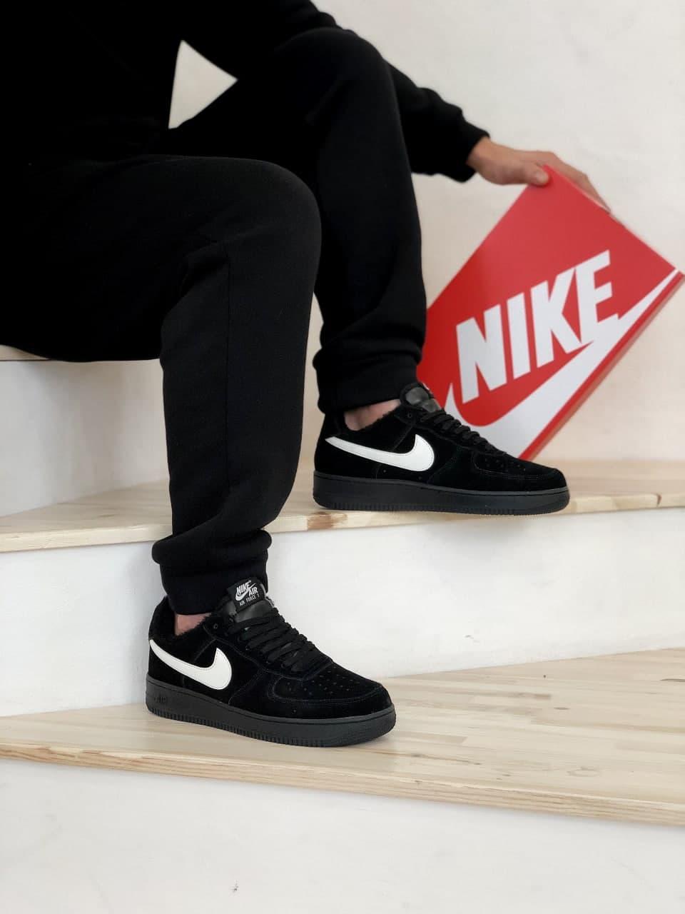 Мужские кроссовки Nike Air Force черные  мех (копия)