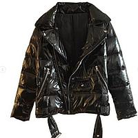 Фантастически красивая женская демисезонная лаковая куртка