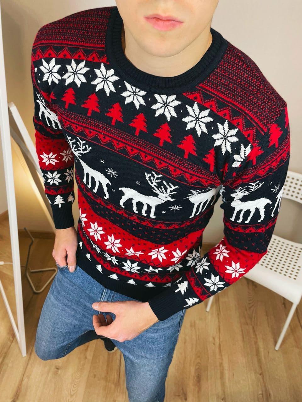 Чоловічий светр з оленями чорно-червоний