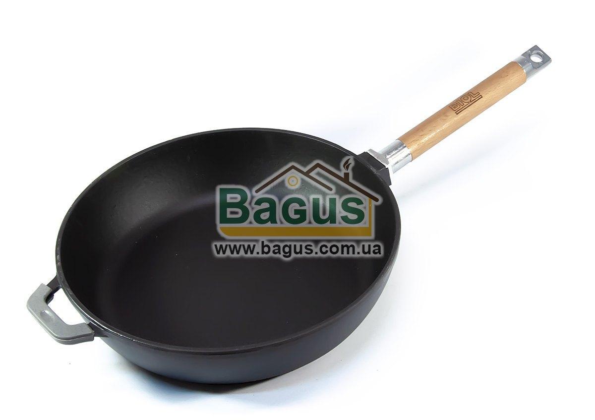 Сковорода эмалированная (сотейник) чугунная глубокая 28х6,5см с деревянной съемной ручкой ЧЕРНАЯ Биол (0328E)