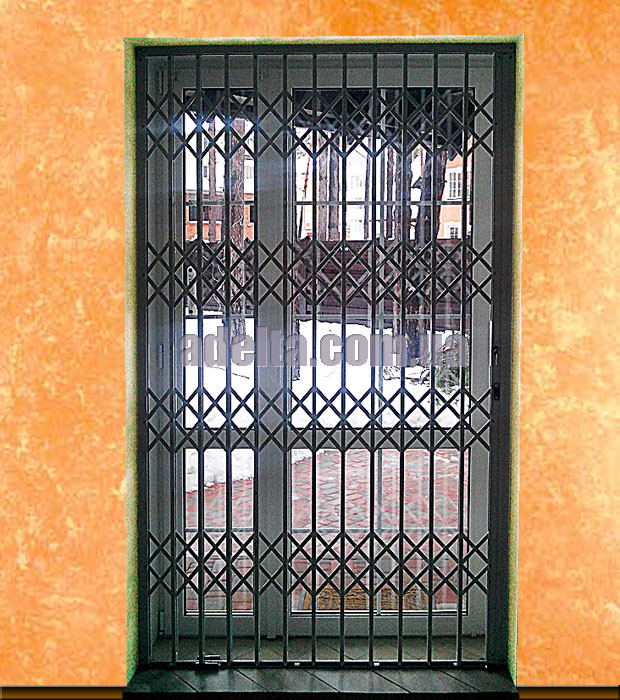 Раздвижные решетки на дверь Шир.2480*Выс2600мм для дачи