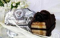 Марципан з дикою черешнею і чорним шоколадом. Лоуренс