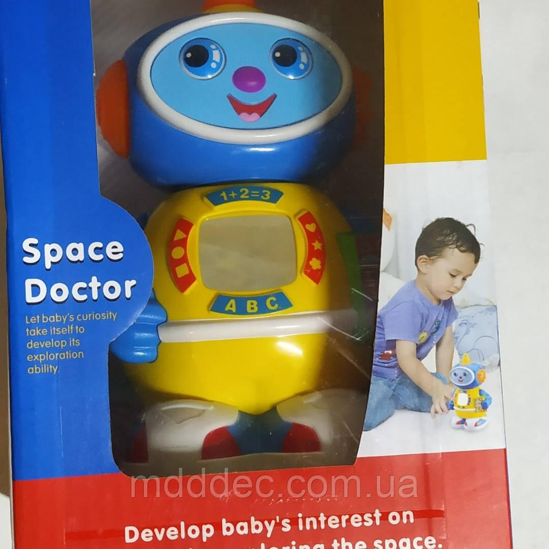 Робот Космический доктор 506 песня на англ. языке, подсветка, движение от батареек, свет, в коробке