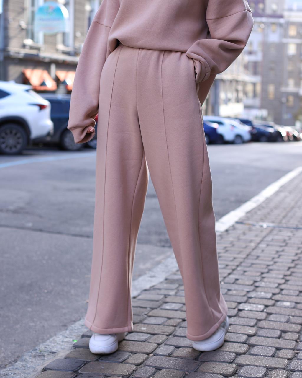 Зимнее спортивные штаны женские бежевые Джин от бренда ТУР  размер: S-M