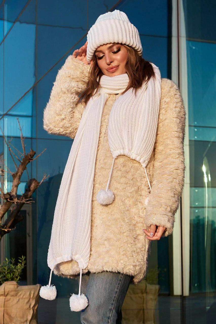 Комплект женский зимний: шапка  двойная и длинный шарф с бубонами