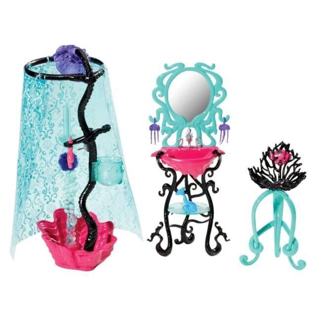 Monster High Набор душ Лагуны Блю Y7715 Lagoona Blue Shower Playset