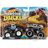 Hot Wheels Monster trucks Набор внедорожников 1:64 Scale Police vs Hooligan gigant wheels, фото 2