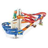 Hot Wheels Трек Автоматический скоростной лифт автолифт 4 в 1 и 5 машинок FXN21 Auto Lift Expressway, фото 3