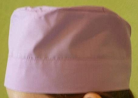 Медицинская шапочка розовая