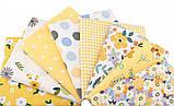 Набор отрезов сатина с рисунком для рукоделия нежного желтого цвета  - 8 отрезов 40*50 см, фото 2