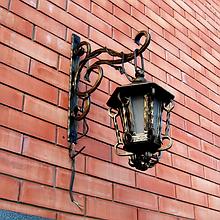 Уличные кованые фонари
