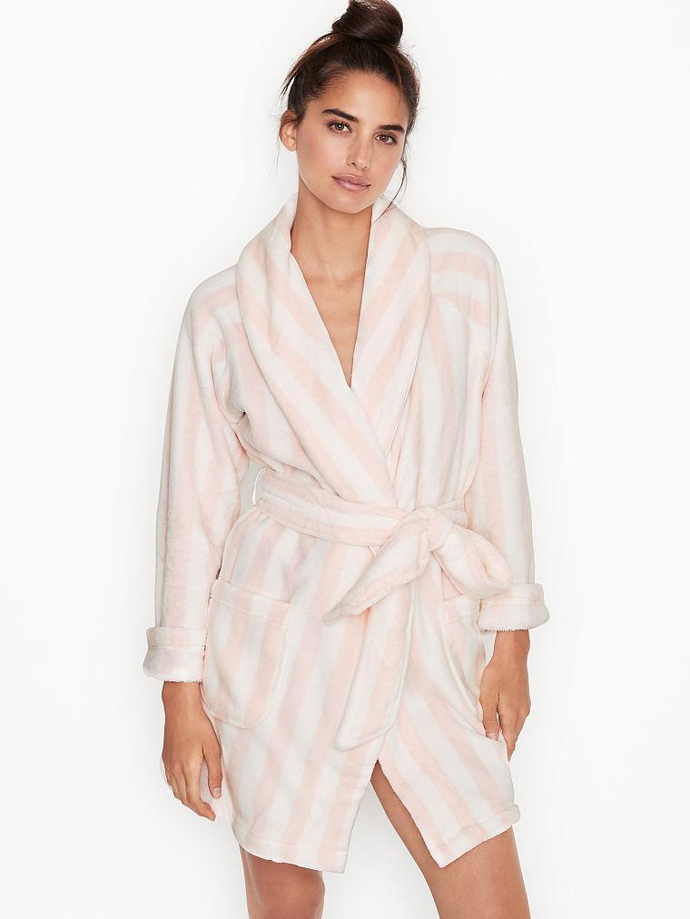 💋 Плюшевый Халат Victoria's Secret Cozy Plush Short Robe, Розовая полоска