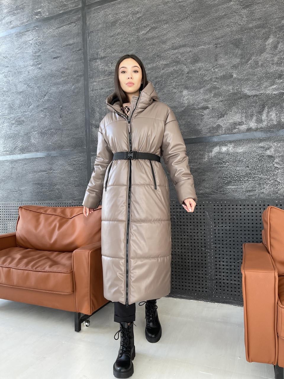 Зимнее женское пальто из эко кожи с поясом