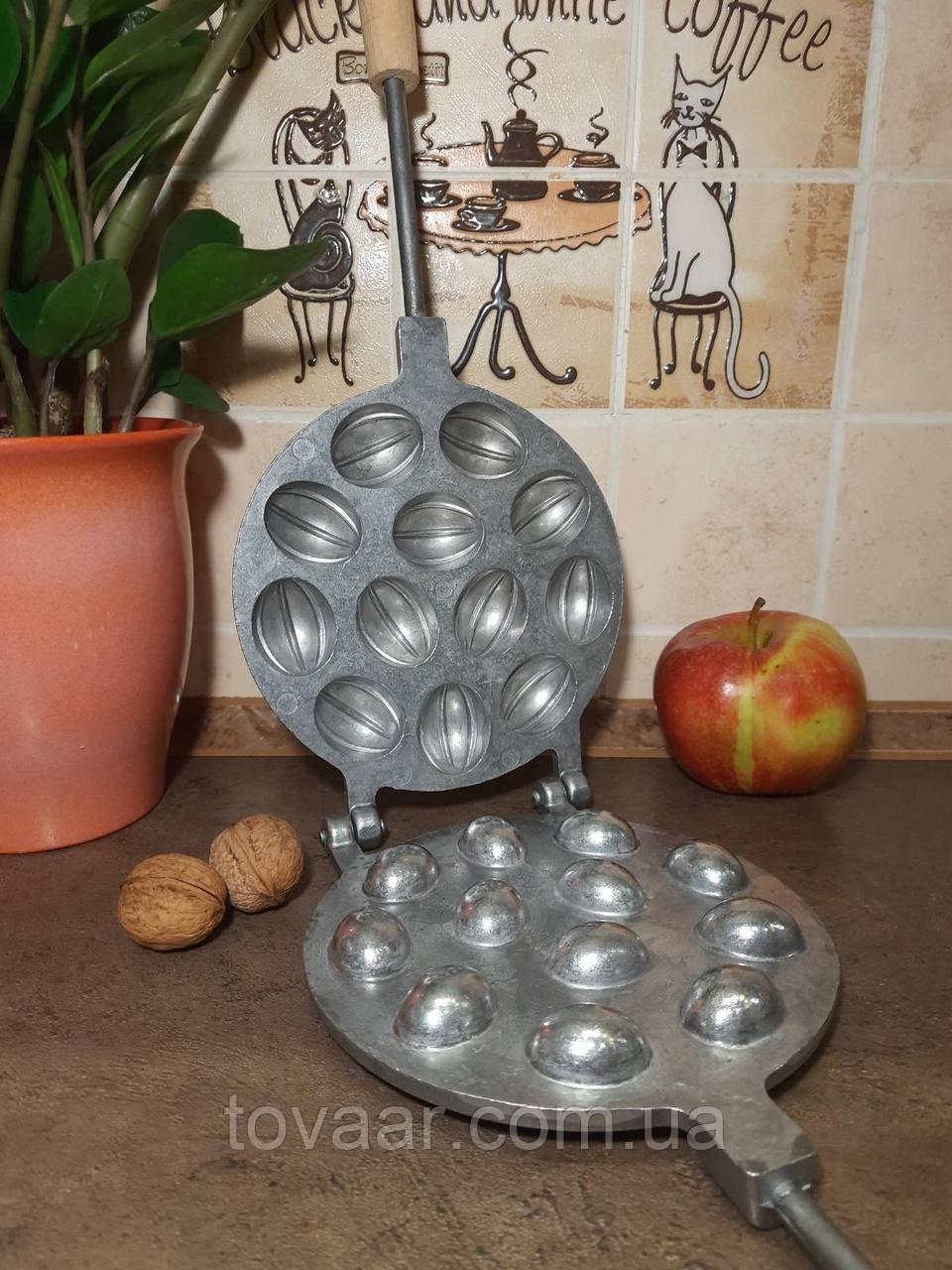 Горішниця на 12 горішків, форма для випічки горіх, орешницы