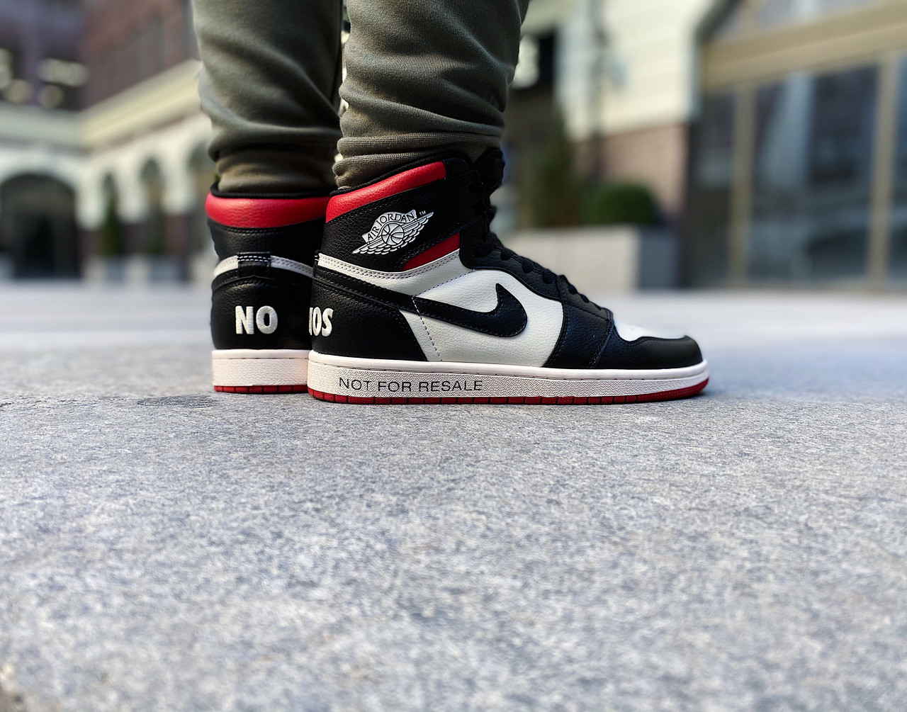 "Кроссовки мужские Air Jordan 1 Retro High ""Not for Resale"" Varsity Red / 861428-106 (Размеры:41,43,44,45)"