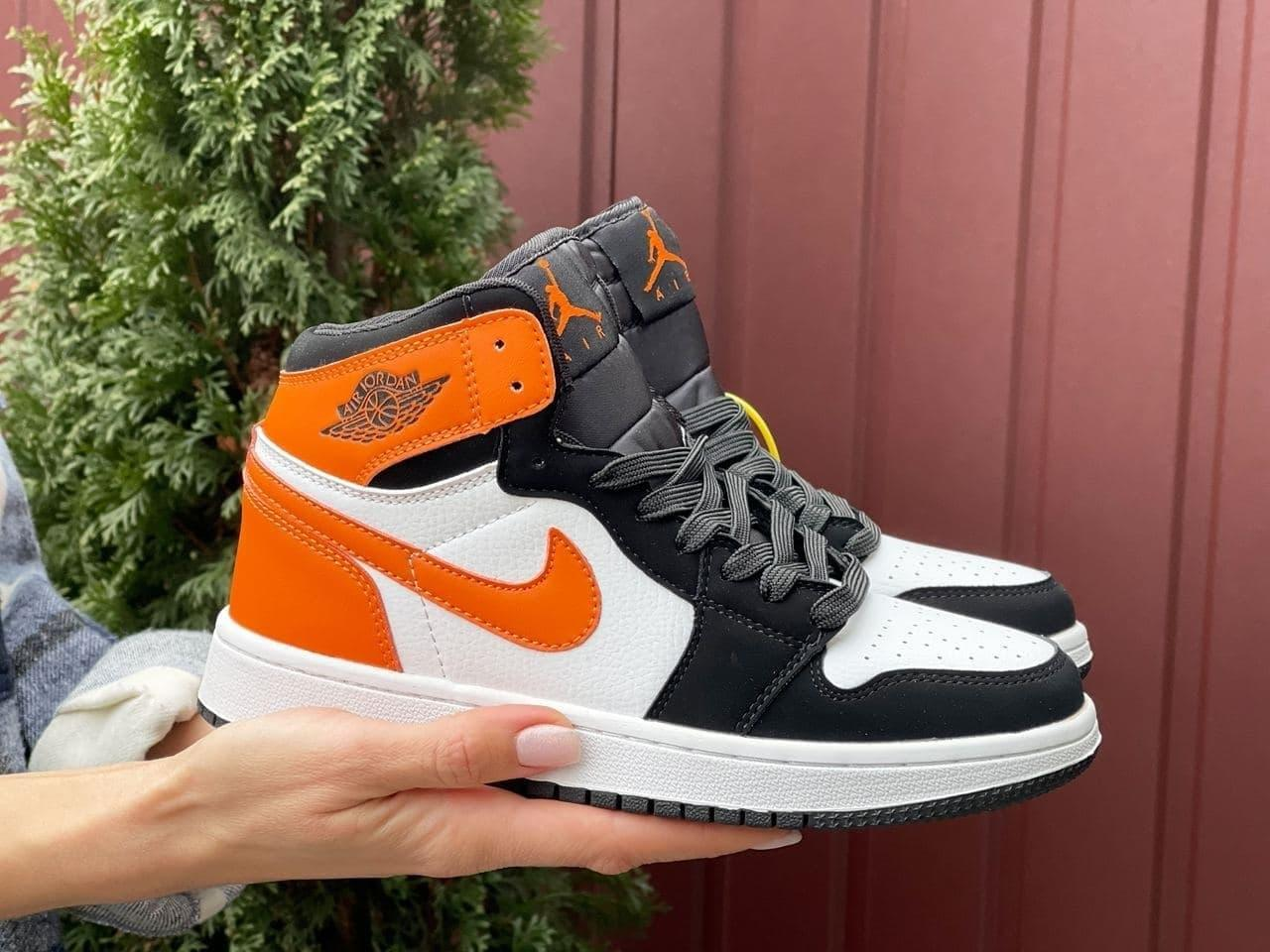 Кроссовки Nike Air Jordan 1 Retro белые с оранж  38   42