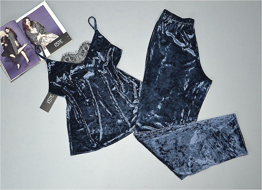 Пижама женская велюровая майка+штаны с кружевом Este 300-1 темно-серый.