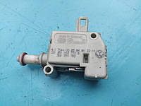 Электропривод сервопривод привод активатор лючка бака seat skoda vw audi 3b0810773B 3b0959782, фото 1