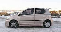 Пороги Toyota Yaris