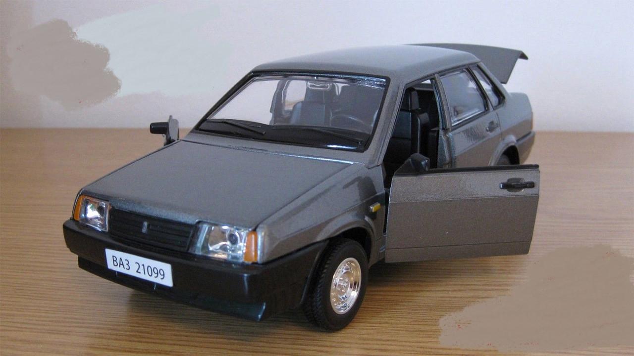 Металическая модель машины Жигули 21099, открываются двери, капот, багажник, 1:22, звук, свет, автопром