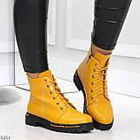 Яркие модельные горчичные желтые женские ботинки шнуровка на низком ходу, фото 4