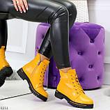 Яркие модельные горчичные желтые женские ботинки шнуровка на низком ходу, фото 6