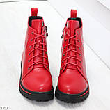 Яркие модельные красные женские ботинки шнуровка на низком ходу, фото 2
