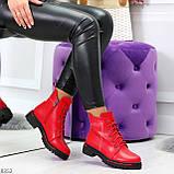 Яркие модельные красные женские ботинки шнуровка на низком ходу, фото 8
