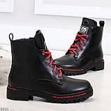 Трендовые повседневные черные женские ботинки на красной шнуровке, фото 5