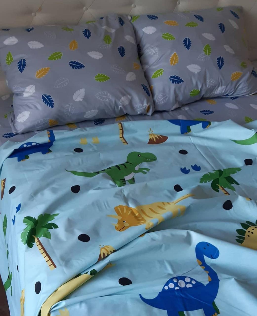 Комплект постельного белья подростковый Динозавры игрушки