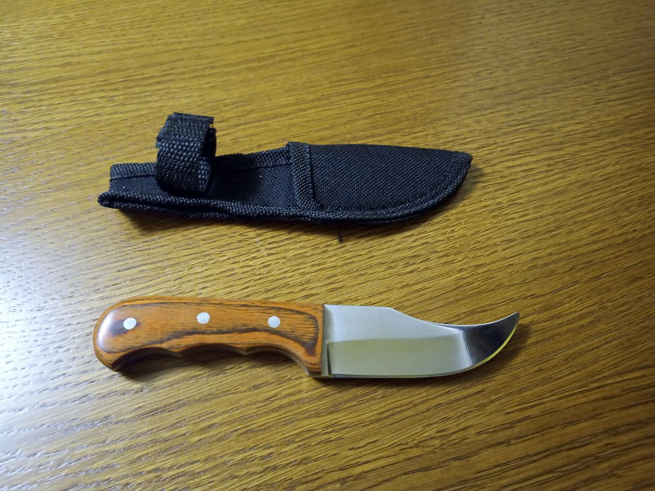 Стильный компактный нож K65 с чехлом и деревянной ручкой