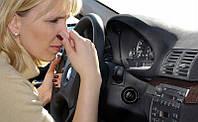 Как избавиться от неприятных запахов в салоне автомобиля?