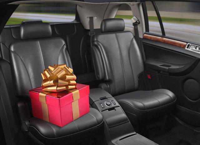 Как выбрать хороший подарок автомобилисту - Авто журнал КарЛазарт