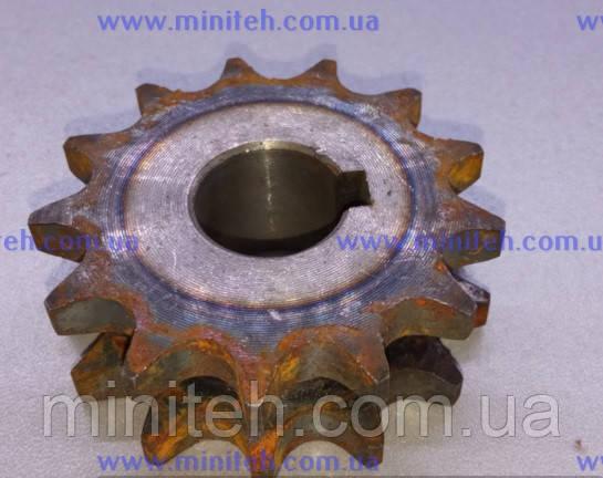 Звездочка привода фрезы (z-13, ф-18 мм, шаг 12,7 мм, двухрядная) (М)