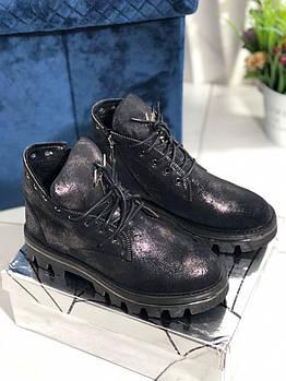 Женские зимние ботинки на низком ходу Vensi V5