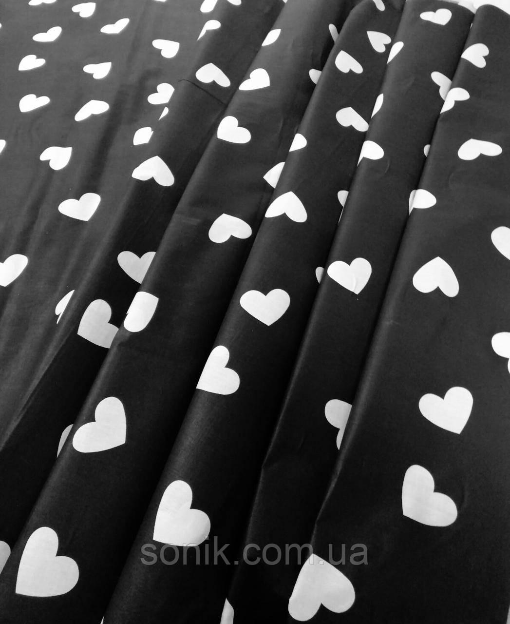 Бязь Gold Сердечки на чёрном 220 см