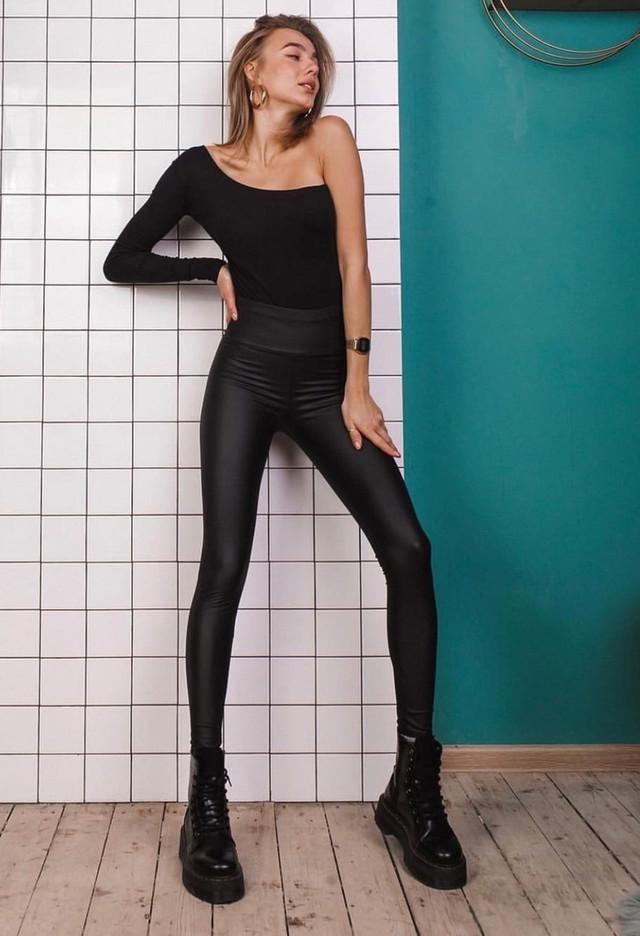 Облегающие теплые кожаные брюки из эко кожи на меху. зимние женские штаны