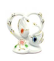 Лебеди с сердцем фарфор (11х11х7 см)