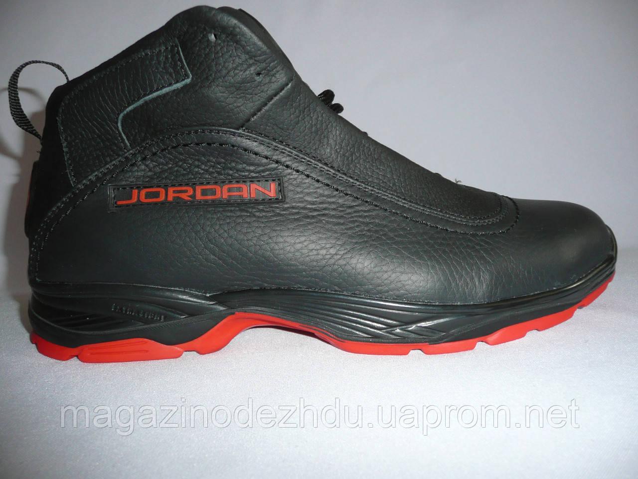 3ddf86ff Зимние ботинки Jordan на меху черные с красным - Интернет магазин