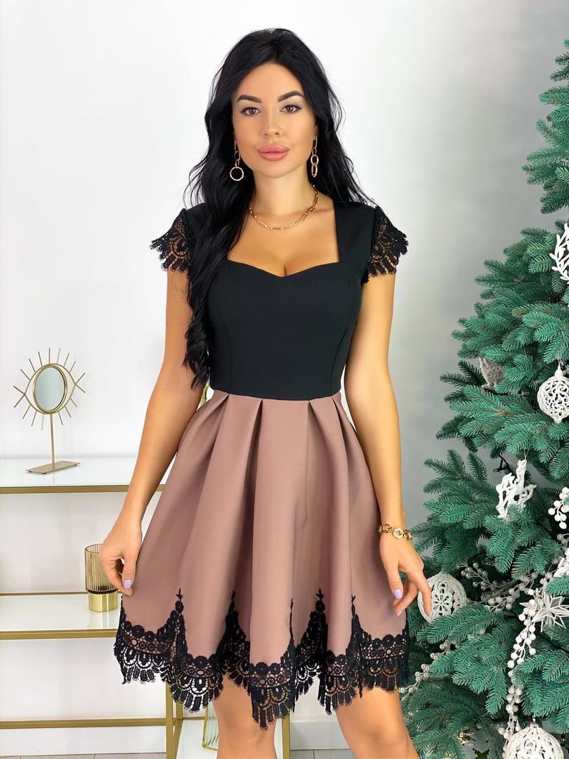 Нарядное платье с кружевом 50-483
