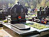 Надгробные памятники двойные